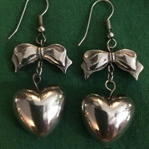 Vintage silver-tone puffy heart bow earrings